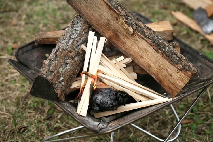 キャンプ 焚き火 薪 焚付 着火剤 ひのき 火の木